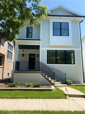 1106 S Grove, Oak Park, IL 60304