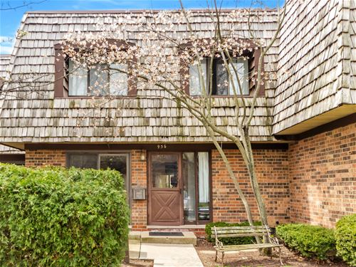 936 Spring Hill, Northbrook, IL 60062
