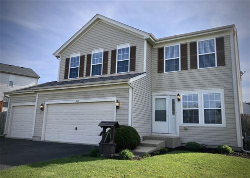 317 Briarwood, Poplar Grove, IL 61065