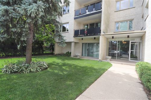1010 N Harlem Unit 201, River Forest, IL 60305