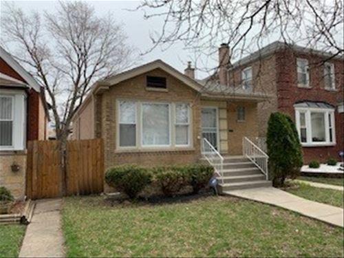 7829 S Seeley, Chicago, IL 60620 Gresham