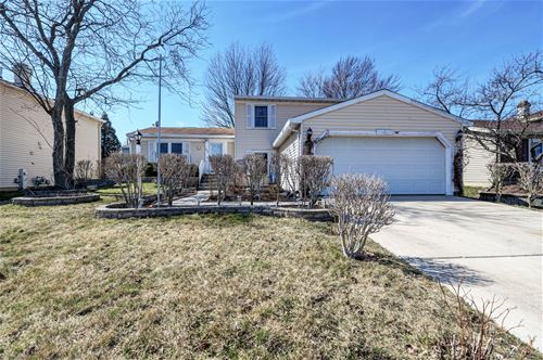 1894 Scarboro, Glendale Heights, IL 60139