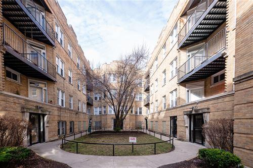 1832 N Humboldt Unit G, Chicago, IL 60647 Logan Square