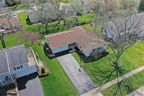 981 Alden, Buffalo Grove, IL 60089
