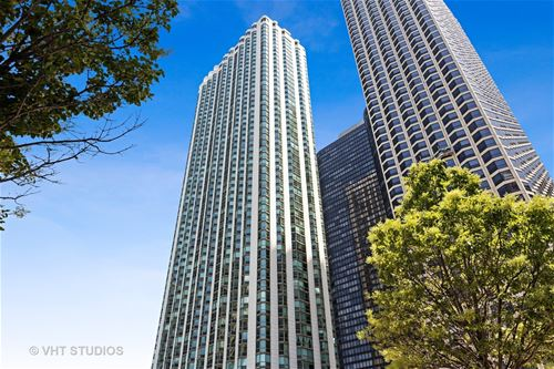 195 N Harbor Unit 2406, Chicago, IL 60611 New Eastside