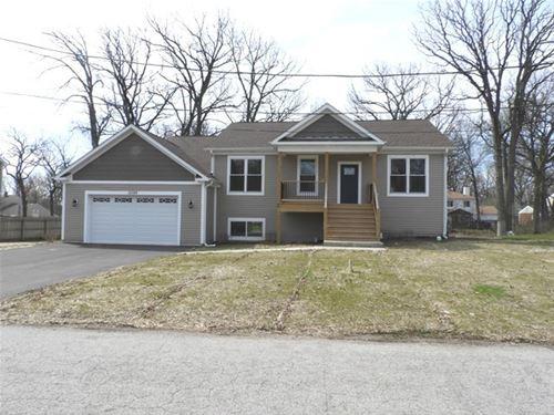584 Quassey, Lake Bluff, IL 60044