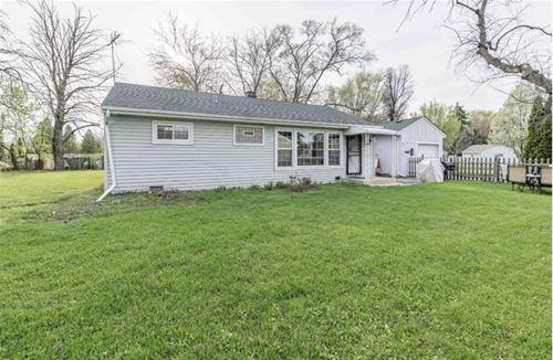 331 W Winthrop, Addison, IL 60101