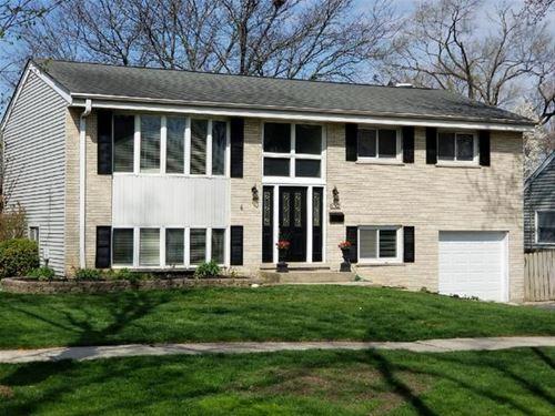 832 S Linden, Elmhurst, IL 60126