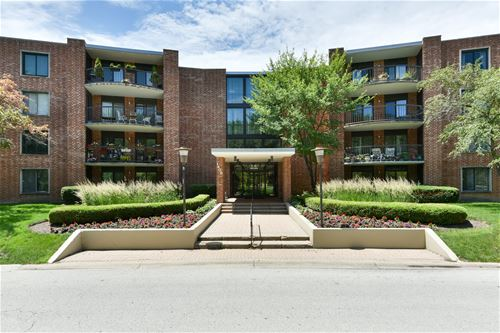 1405 E Central Unit 421C, Arlington Heights, IL 60005