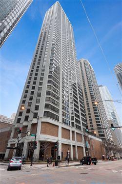 400 E Ohio Unit 401, Chicago, IL 60611 Streeterville