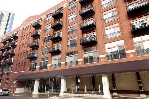 360 W Illinois Unit 410, Chicago, IL 60654 River North