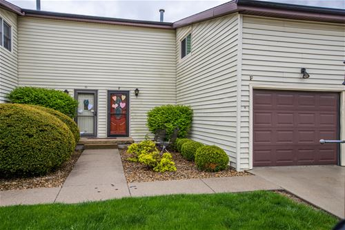 1711 King Unit F, Normal, IL 61761