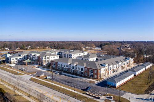 504 Commons Unit 0, Naperville, IL 60563
