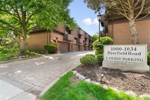 1000 Deerfield Unit 304, Highland Park, IL 60035