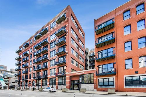 226 N Clinton Unit 523, Chicago, IL 60661 Fulton River District