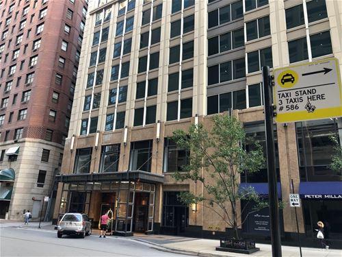57 E Delaware Unit 3703, Chicago, IL 60611 Gold Coast
