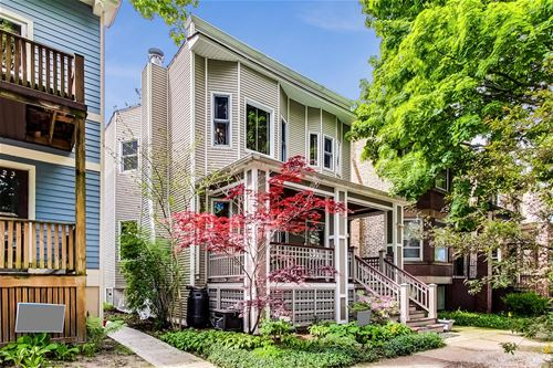 2425 W Eastwood, Chicago, IL 60625 Ravenswood