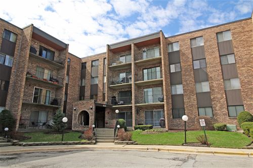 625 W Huntington Commons Unit 209, Mount Prospect, IL 60056