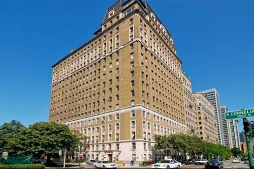 3500 N Lake Shore Unit 5B, Chicago, IL 60657 Lakeview