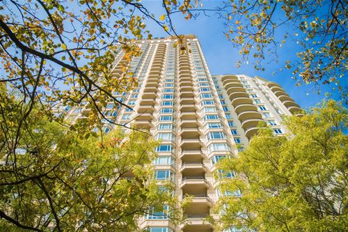 2550 N Lakeview Unit S1007, Chicago, IL 60614 Lincoln Park