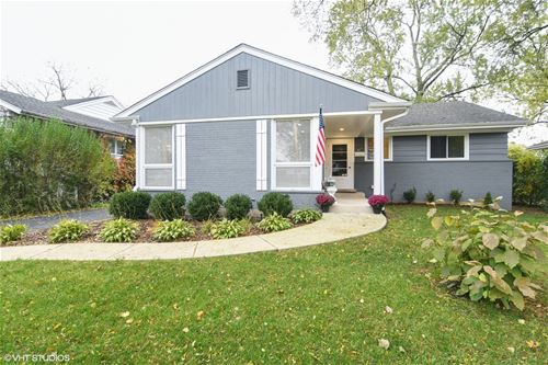 817 Clover, Glenview, IL 60025