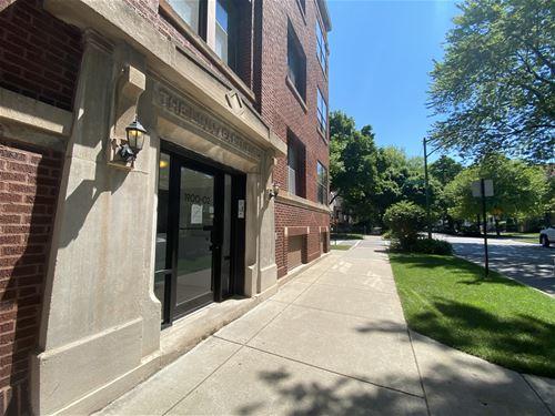 1900 W Byron Unit 1, Chicago, IL 60613 Northcenter