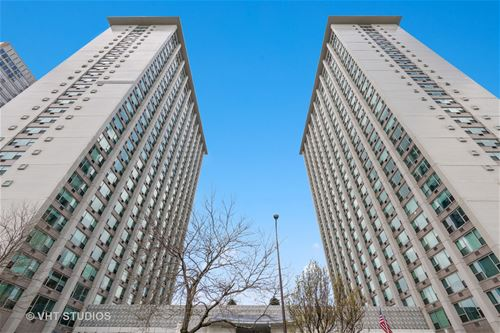 3600 N Lake Shore Unit 2123, Chicago, IL 60613 Lakeview
