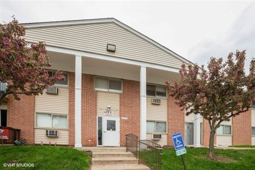 693 E Fullerton Unit 3-106, Glendale Heights, IL 60139