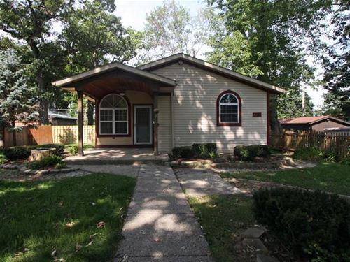 5609 Arbor Villa, Cary, IL 60013