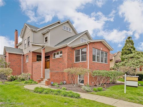 4926 N Fairfield, Chicago, IL 60625 Ravenswood
