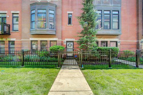835 W College, Chicago, IL 60608 University Village / Little Italy
