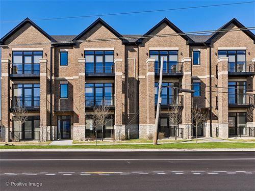 740 E Irving Park Unit 3E, Roselle, IL 60172