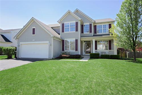 330 Kestrel, Lindenhurst, IL 60046