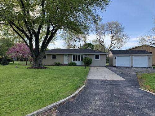 39 E Pleasantview, Oswego, IL 60543