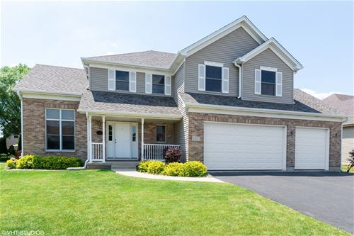 2321 Luther Lowell, Sycamore, IL 60178