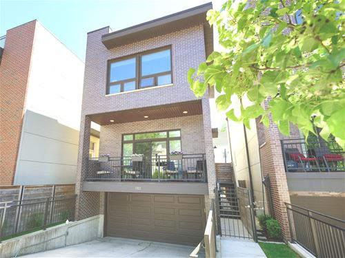 1923 N Rockwell, Chicago, IL 60647 Logan Square