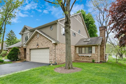 34 Country Club, Bloomingdale, IL 60108