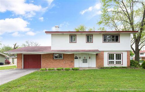 569 Hillcrest, Hoffman Estates, IL 60169