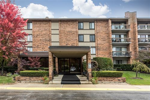 201 Lake Hinsdale Unit 306, Willowbrook, IL 60527
