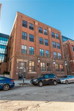 216 N May Unit 202, Chicago, IL 60607