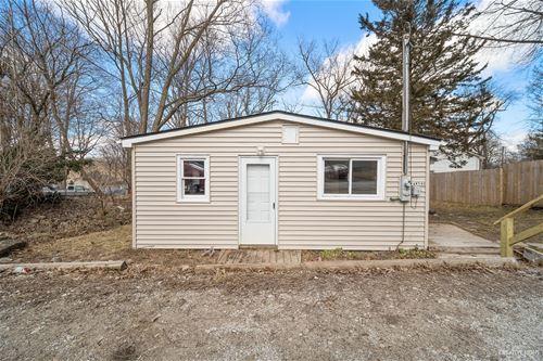 34W590 Illinois, St. Charles, IL 60174