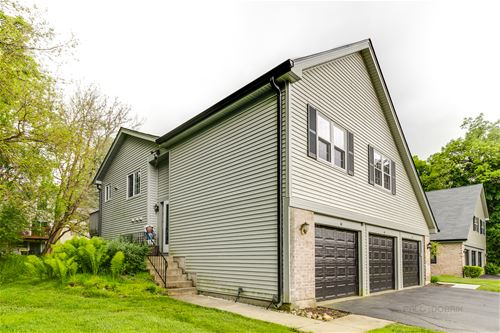 40 Linden, Cary, IL 60013