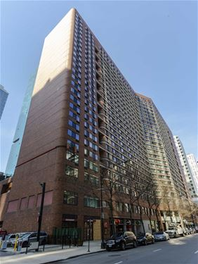 211 E Ohio Unit 907, Chicago, IL 60611 Streeterville