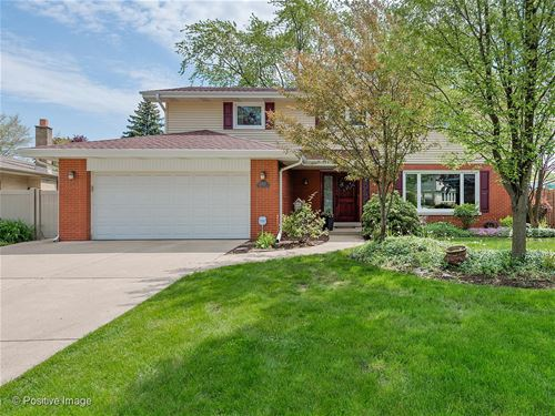 2451 Nelson, Westchester, IL 60154