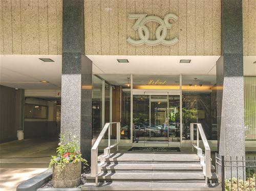 30 E Elm Unit 10C, Chicago, IL 60611 Gold Coast