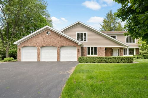101 Rolling Green, Tower Lakes, IL 60010