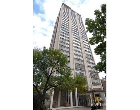70 W Burton Unit 808, Chicago, IL 60610 Gold Coast