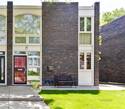 1329 N Sandburg Unit -, Chicago, IL 60610 Old Town