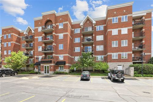 3401 N Carriageway Unit 402, Arlington Heights, IL 60004