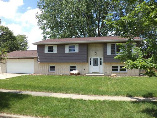1103 Broadmoor, Bloomington, IL 61704